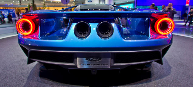 Listen To The Ford GT's 600+ Horsepower Twin-Turbo V6 Burn Some Gas